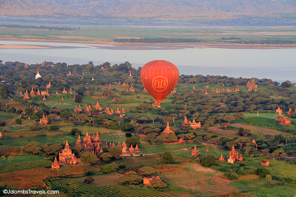 Jdombs-Travels-Bagan-Balloon-17