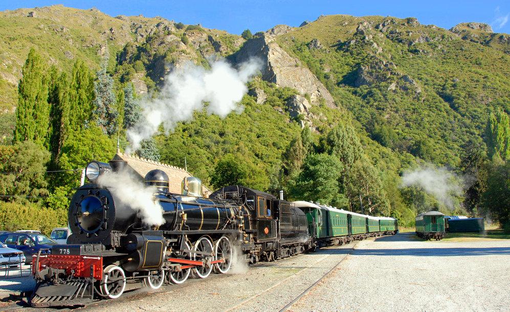 All Aboard the Love Train! Romantic Valentine's Trip Ideas