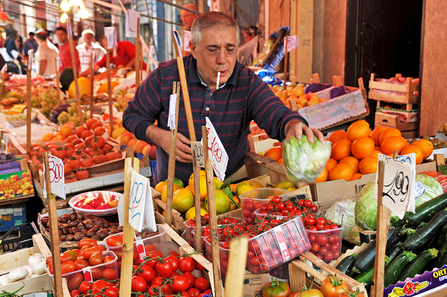 Street markets in Italy