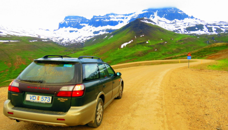 Renting Automatic Car In Iceland