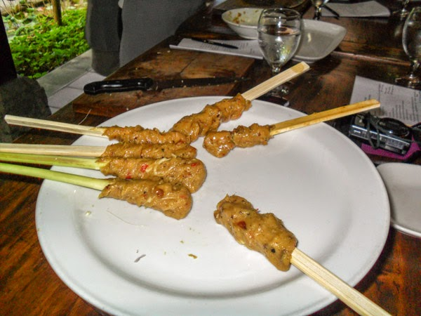 bali_cooking_class_chicken_satay_on_lemongrass_sticks