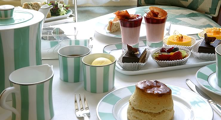 Best afternoon tea from best luxury hotels of the world.