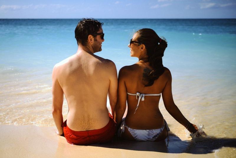 Couple on the beach love RF