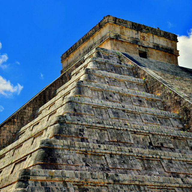 Your Guide to Mexico in a Riviera Maya Resort