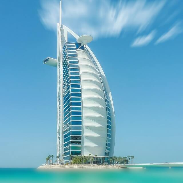Stay at the World's Most Luxurious Hotel at a HUGE Discount! Burj Al Arab Jumeirah Review
