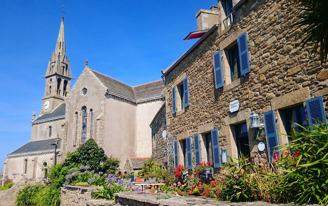 Roscoff is a simply stunning little French seaside town.