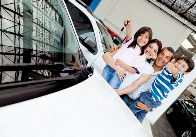 Car family roadtrip canva RF
