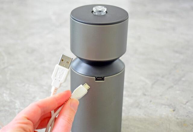 Mobile-mini nebulizing diffuser from Organic Aromas