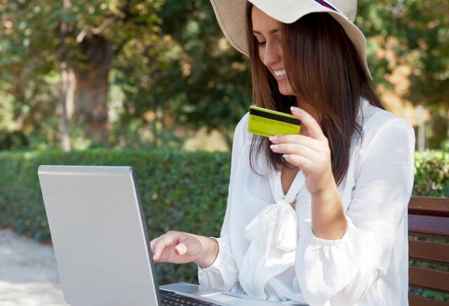 Credit card laptop computer RF